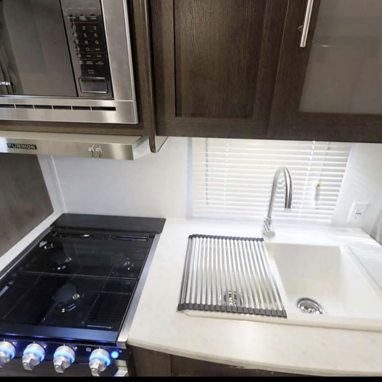 Microwave, stovetop AND oven.