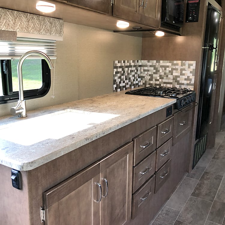 Sink, food preparation and stove top