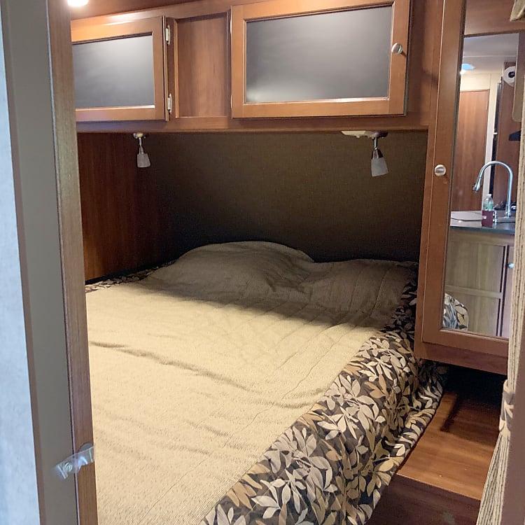 Queen front bedroom with 2nd tv