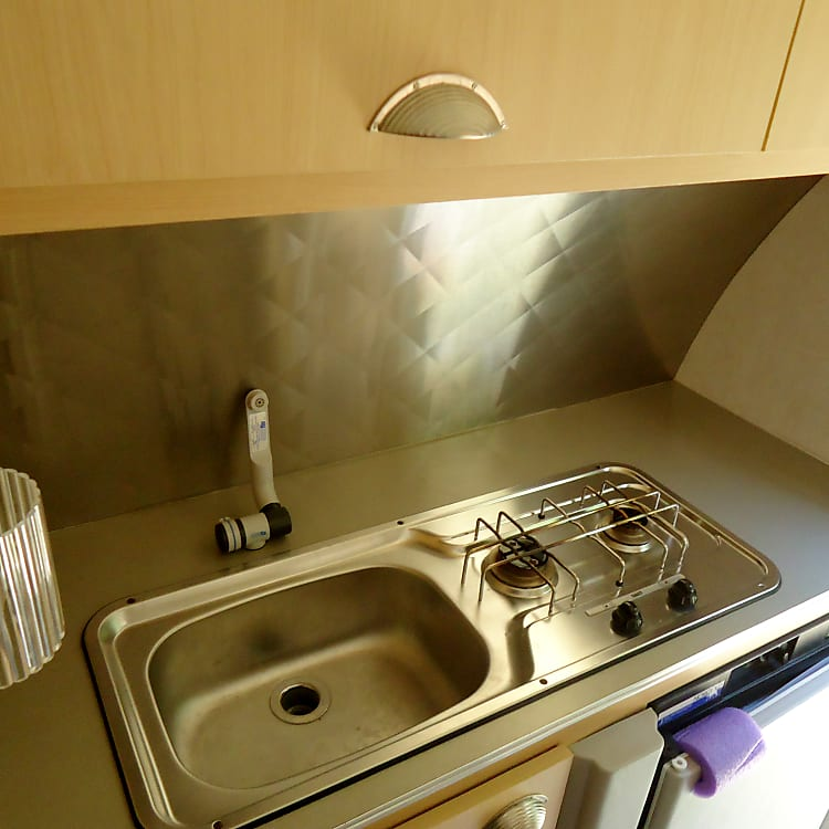 2 burner stove top and sink