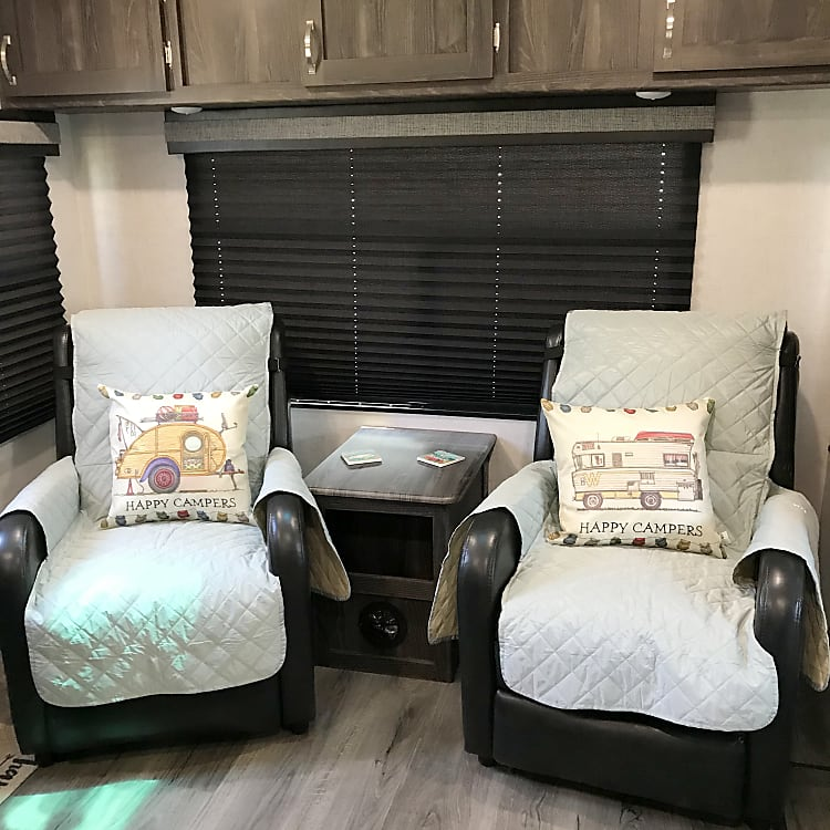 Dual Living Area Recliners