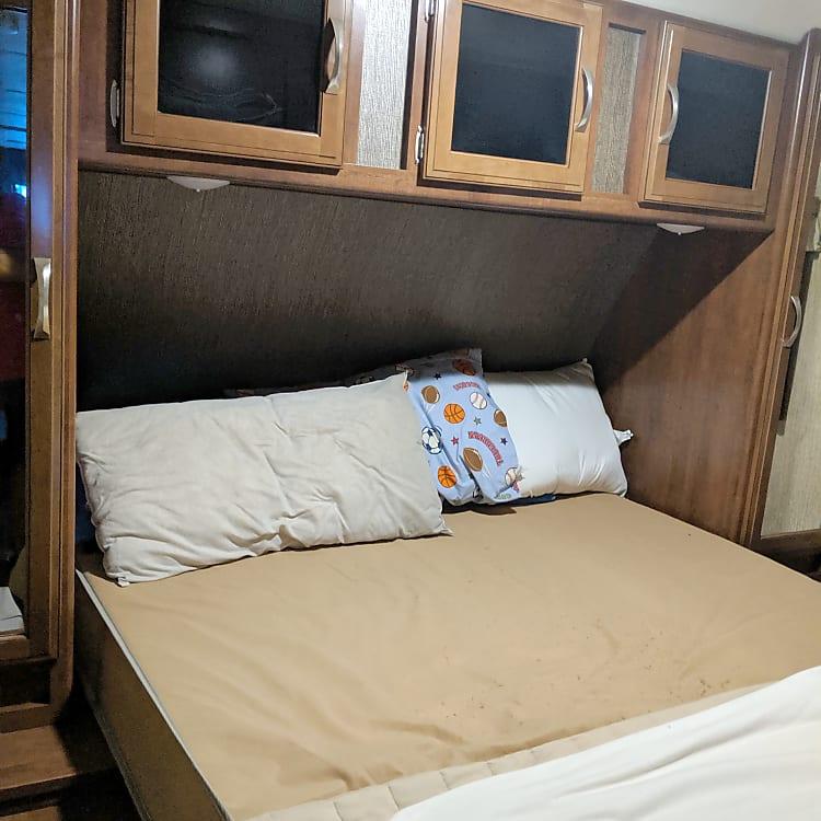 Queen Master bed