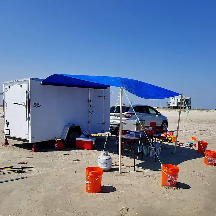 Have components to dry camp with. photo is on the coast in Galveston, TX