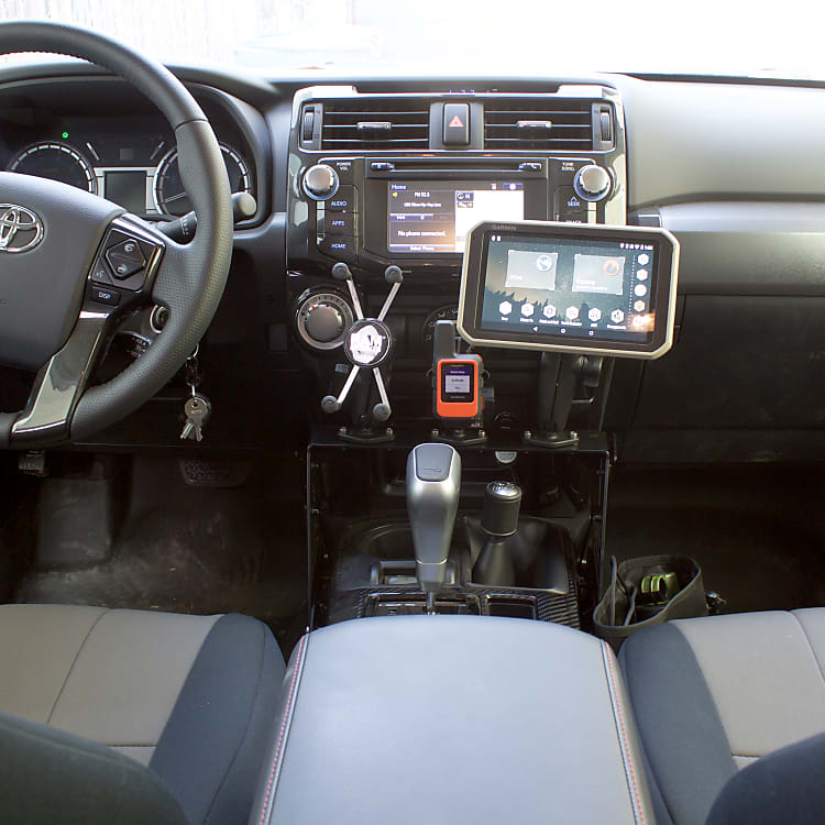 Garmin Overlander GPS and inReach mini for Satellite Comms.