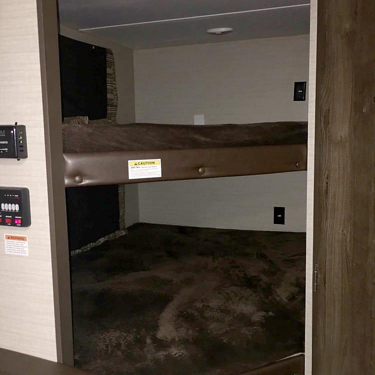 Full Bunk Beds!!