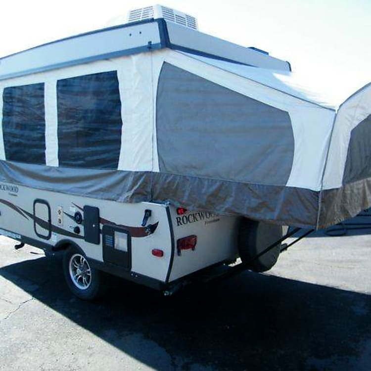 Camper Popped Right Side