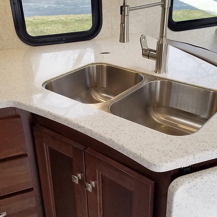 Full size double sink