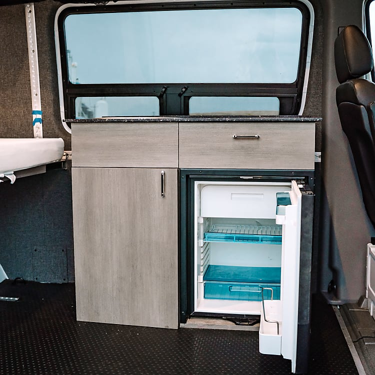 Good-sized fridge to keep all your food and drinks cold while you are out on your adventure for the day.