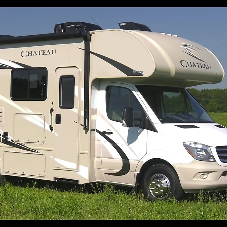 2018 Thor Chateau Diesel Sprinter 24WS is a unique luxury Class C Motor Coach. Trek long distances in style & comfort.