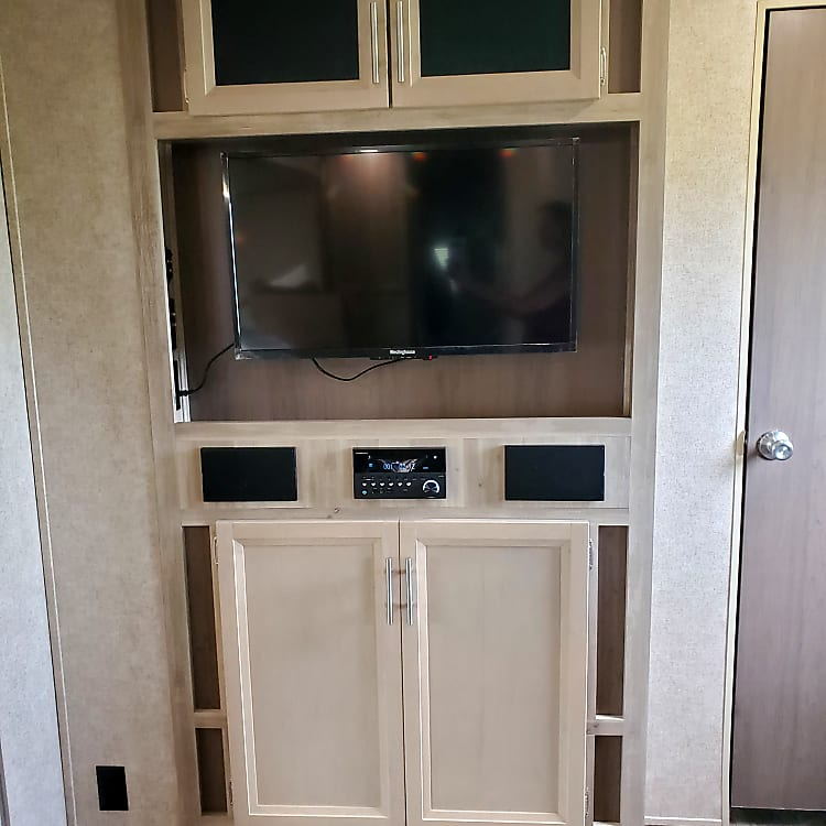 Entertainment Center with TV/DVD/CD/AM/FM/Bluetooth