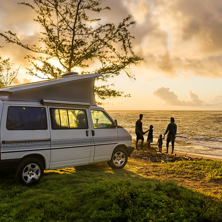 Bring the family closer together on a Camper vacation in Hawaii.