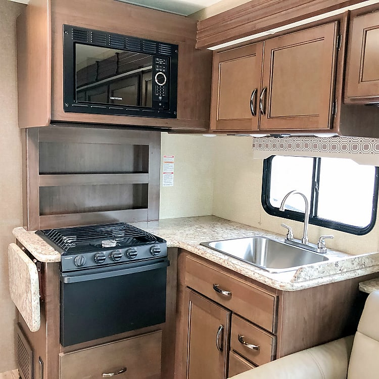 Stove, Oven, & Microwave with Large Kitchen Sink