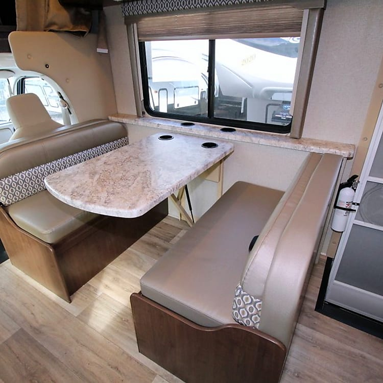 dream dinette converts to bed