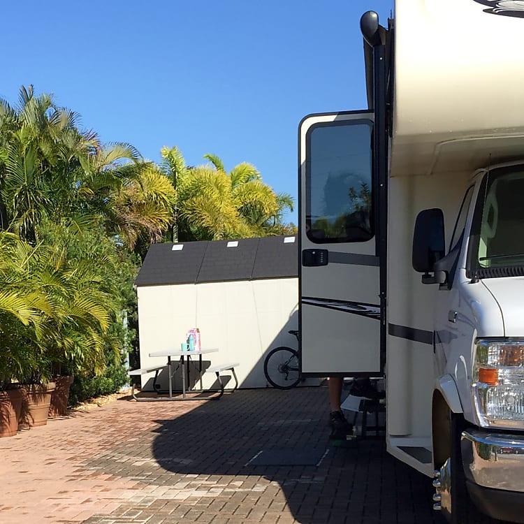 Spacious camp site in Florida