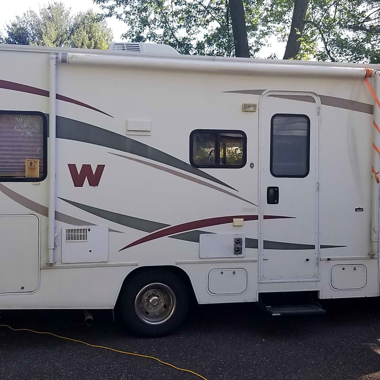Easy to drive, best for first timers! Make your RV experience fun and memorable