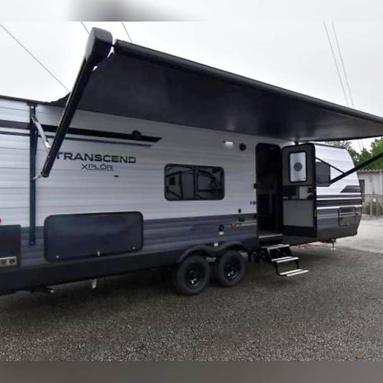 Side view with awning extended