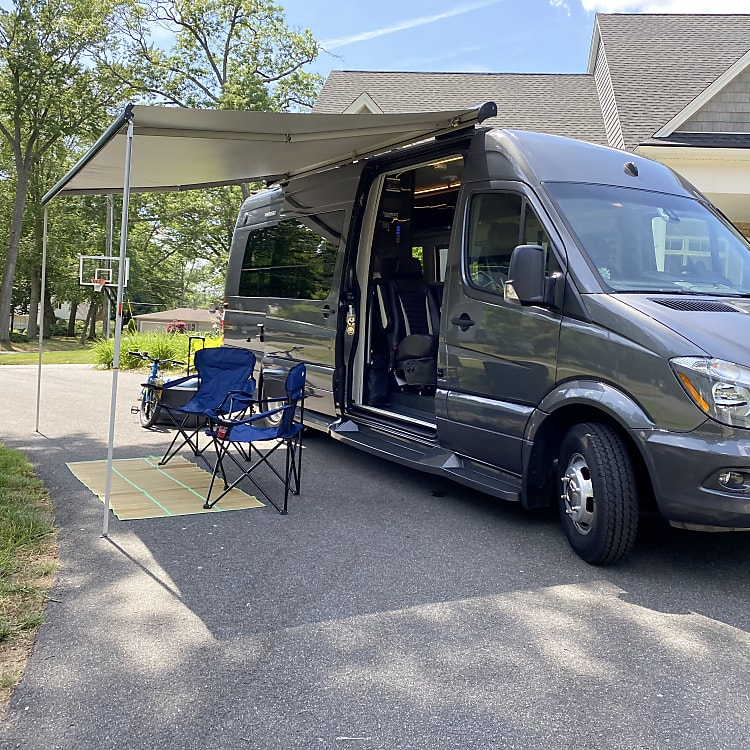 Mercedes-Benz Sprinter - Great for touring