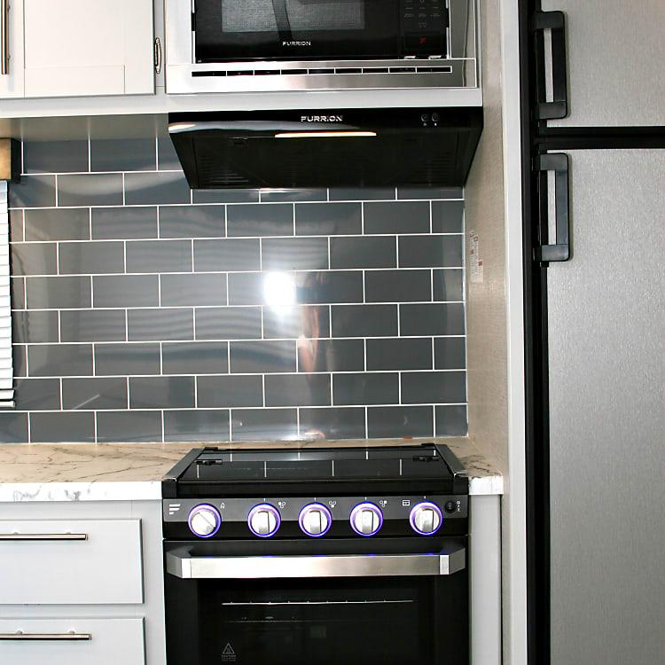 Vented kitchen fan
