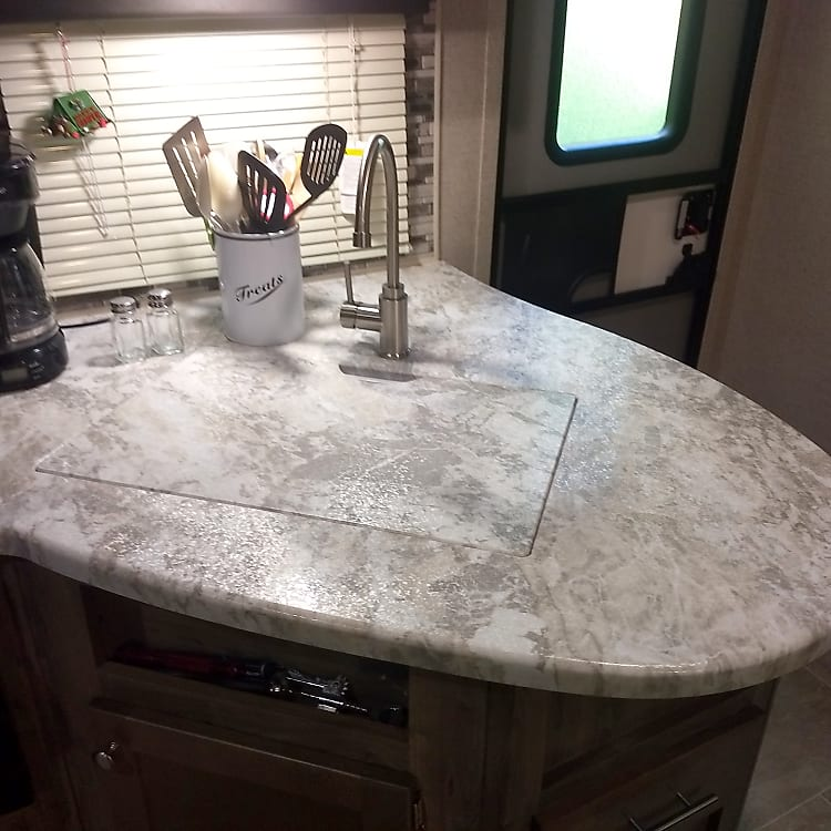 Sink cover can be used for extra countertop space