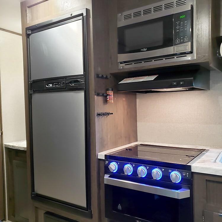 Full size RV fridge & freezer
