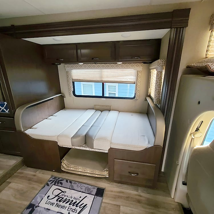 Double Bed Converts to dining booth