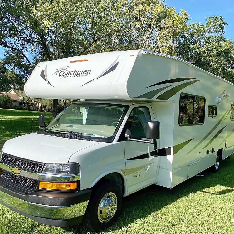 yet compact and spacious Class C RV.