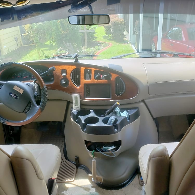 Front cabin,driver/passenger