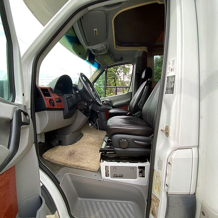 Drivers door with leather seats GPS and carpet.
