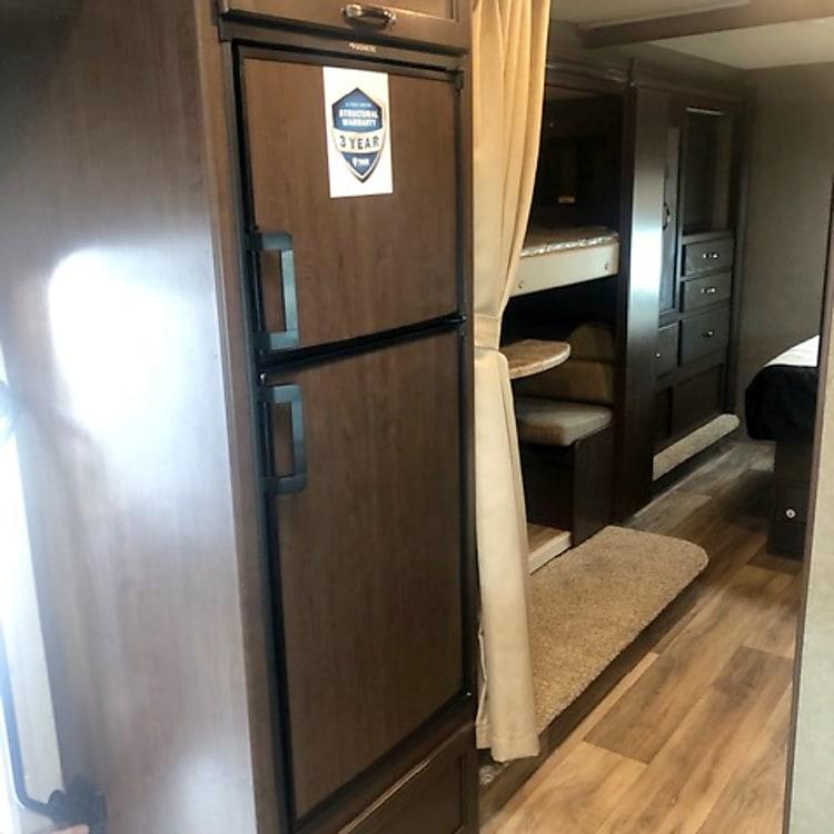 Nice sized fridge/freezer (gas or electricity)