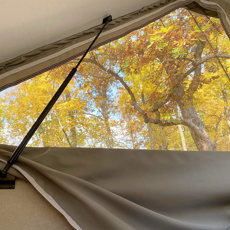 Another view out the side window of the incredible fall foliage.