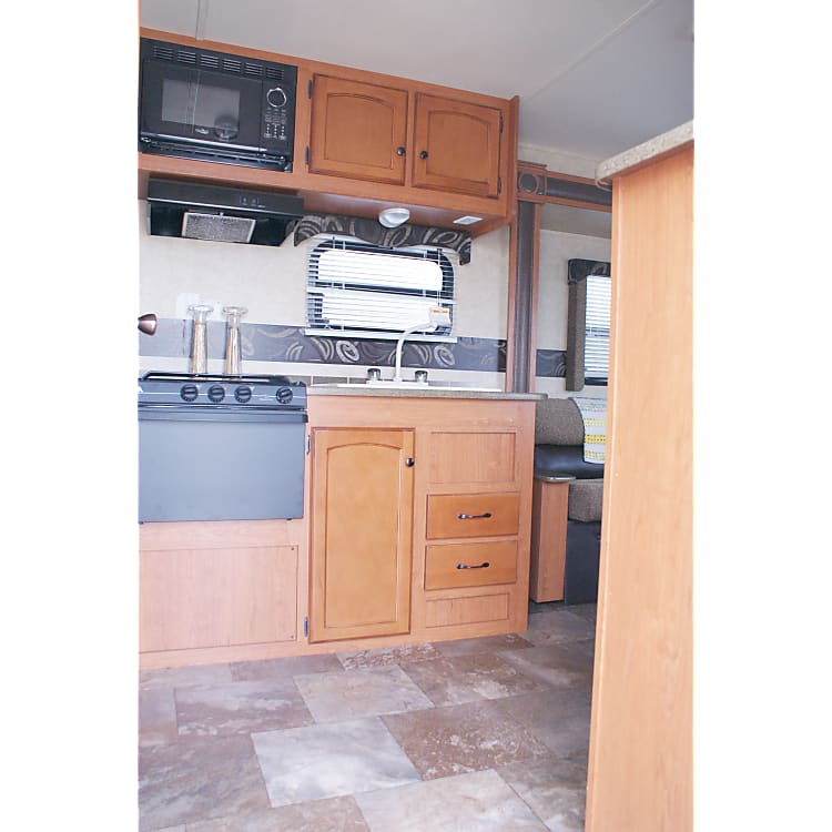 25TSS - Rear Kitchen