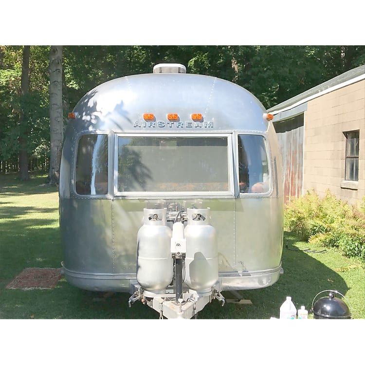 1975 Airstream Land Yacht