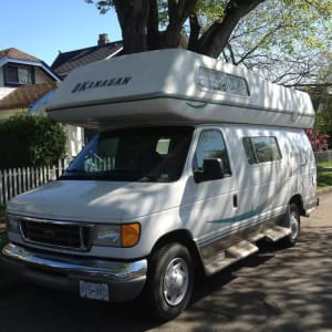 2005 Ford Econoline 250s with Okanagan Camper Conversion
