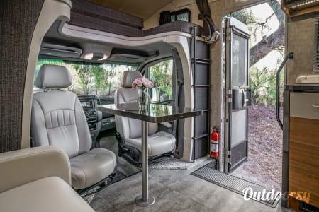 2016 Model V (Riverside) - Mercedes Winnebago View  Riverside, CA