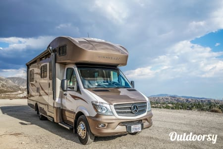 0Mercedes Winnebago Model V (red - white)  Ontario, CA