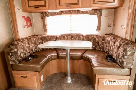2013 Forest River Sunseeker 2450s  Mobile, AL