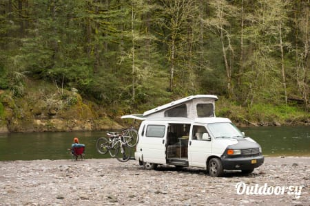 0Grand Ronde: Eurovan Camper  Portland, OR