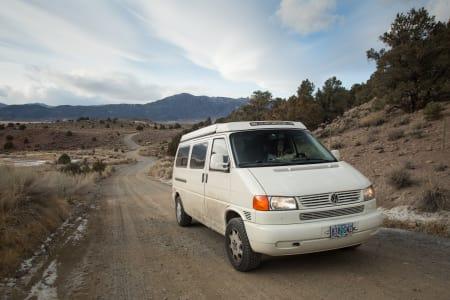 Tilly Jane: Eurovan Camper