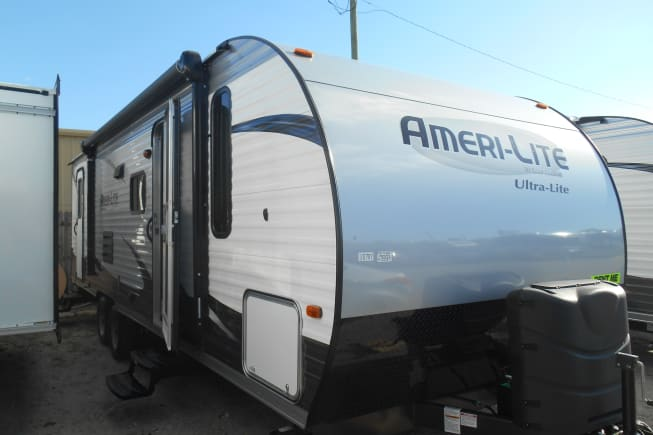 2015 Gulf Stream Amerilite available for rent in Fort Myers Beach FL