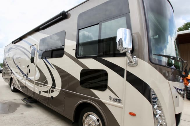 2017 Thor Motor Coach Windsport available for rent in Tampa FL