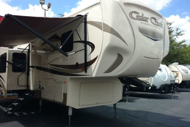 2020 Forest River SABRE 32DPT available for rent in Winter Garden FL