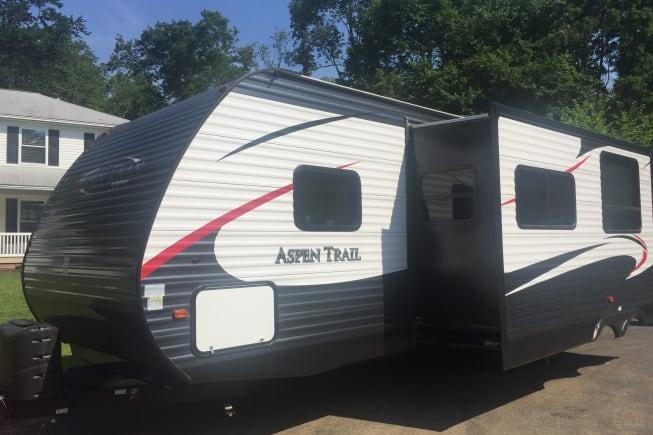 2016 Dutchmen Aspen Trail available for rent in Ephrata PA