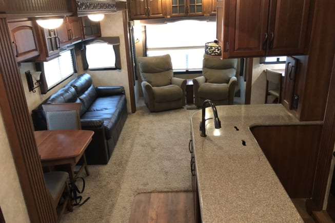 2015 Keystone Montana available for rent in Pearland TX