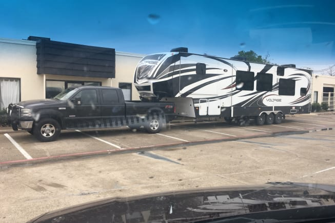2014 Dutchmen Voltage available for rent in Point TX