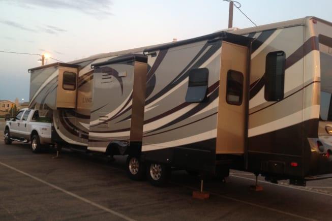 2012 Heartland Landmark available for rent in Mesa AZ