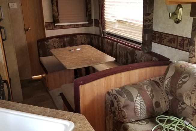 2009 Keystone Springdale available for rent in Bethany IL