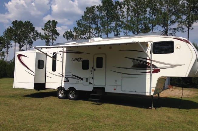 2010 Keystone Laredo available for rent in Trenton FL