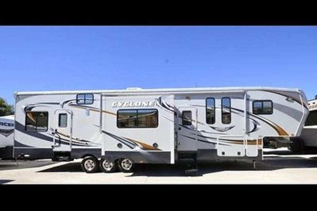 2012 Heartland Cyclone available for rent in Cave Springs AR