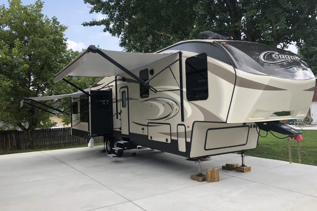 2018 Keystone Cougar available for rent in Knoxville TN