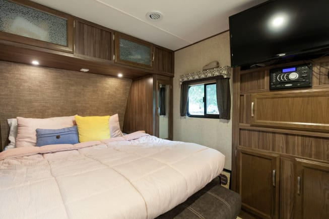 2018 Coachmen Apex available for rent in Dickinson TX